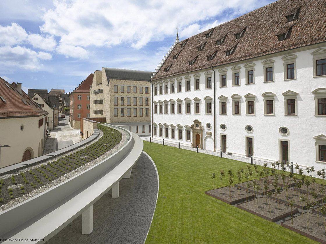 1OG: Innenhof